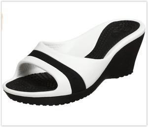 NWT Crocs Sassari Retro Style Wedge Sandal, Black/White, size 11