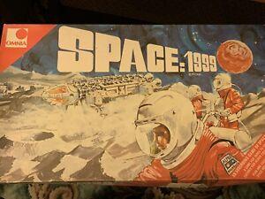 RARE GERRY ANDERSON SPACE 1999 VINTAGE 1970'S BOARD GAME