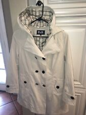 Dolce & Gabbana trench coat. Cream color with patter in the interior.