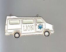 RARE PINS PIN'S .. CAMION BREAK AMBULANCE SAMU SMUR  LION ~AS
