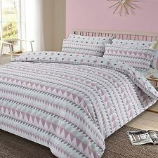 REWIND GEOMETRIC KING SIZE DUVET COVER AND PILLOWCASE SET BLUSH PINK NEW