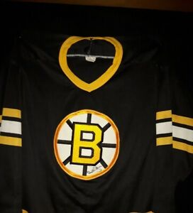 Bobby Orr Autographed Jersey