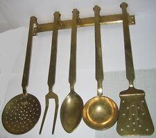 5 tlg. Küchenutensilien Set mit Hakenleiste Küchenboard Messing Antik-Stil 39x37