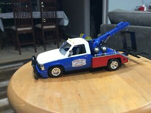 Custom built dukes of hazard 1/24 cooters hazard county Tow truck w lights
