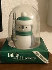 BATH AND BODY WORKS LIGHTED CANDLE PENGUIN WALLFLOWER RETIRED HARD TO FIND