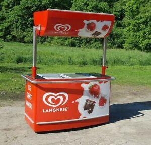 Eisstand Eistruhe Eiswagen