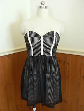 PRE LOVED BLUEJUICE LADIES SIZE 10 STRAPLESS DRESS BLACK PEACH CLUBBING PARTY