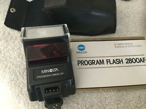 MINOLTA PROGRAM FLASH 2800 AF WITH CASE