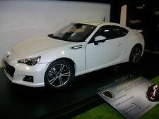 SUBARU BRZ blanc de 2012 au 1/18 AUTOART 78693 voiture miniature