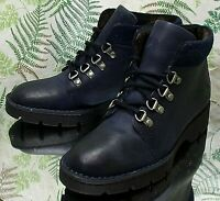 BORN NAVY BLUE LEATHER ANKLE TRAIL WORK LACED FASHION BOOTS SHOES WOMENS SZ 6 M