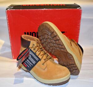 """NIB Wolverine 01134 5"""" Waterproof Boots Chukka Nubuck Boots Gold, 7 EW"""