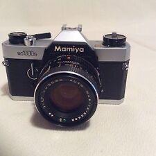 Mamiya NC1000s + SEKOR 50 mm F1.7 Objectif standard.