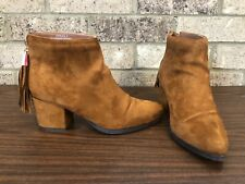 Bamboo Carmel Brown Faux Suede Ankle Booties Back Tassels Women's Size 8