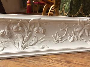 Stucco - schönes autentisches Jugendstil Blumen - Stuckgesims 21,7 lfm