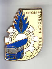 RARE PINS PIN'S .. GENDARMERIE TRANSPORT CTGN CAMION TRUCK RENAULT CAR BUS OR~CN
