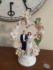 Vintage Coast Novelty Bride & Groom Wedding Cake Topper w FlowerBell 1947