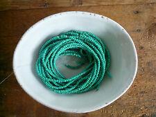 1 Strang gewachste Perlen aus Kokosnuss Schale, türkis, 2-3mm, 38cm LOVE :-)