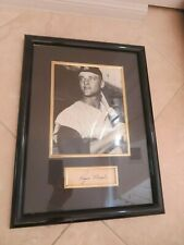 ROGER MARIS signed paper with photo autographed framed auto NY Yankees