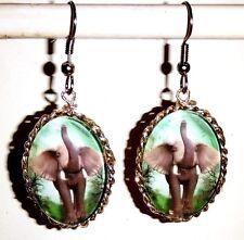 Ohrringe Elefant Tiere Damen Ohrschmuck Modeschmuck Glas Cabochon Grün Oval