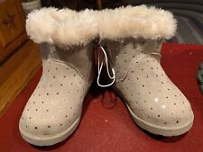 Cat & Jack Toddler Girls' Oriole Fleece Ankle Fashion Boots Size 4 - NWT