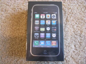 Apple iPhone 3GS - 32GB - Black (ATT) MC137LL/A unopened collectable