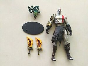 NECA GOD OF WAR 2 KRATOS fleece armor & Medusa Head 7inch Action Figure loose