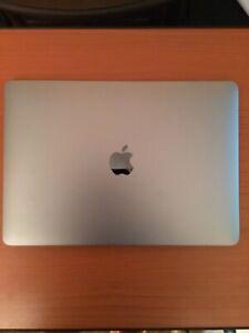 "Apple MacBook Air 13.3"" (256GB SSD, Intel Core i5 8th Gen., 3.60 GHz, 8GB)..."