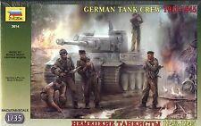 Zvezda 1/35 3614 WWII German Tank Crew 1943-45 (4 Figures)