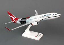 Qantas MENDOOWOORRJI Boeing 737-800 Special Livery Solid Model 1/130 Reg VH-XZJ