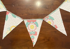 """NEW Handmade Quilt Bunting Pennant Banner 56"""" Vintage Coverlet Quilt & Old Lace"""