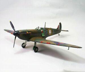 Airfix Supermarine Spitfire Mk1a 1/24 A12001V