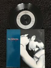 "The Cranberries - Linger / Pretty 7"" Vinyl Pic Sleeve Island IS 559 (1994) Ex"