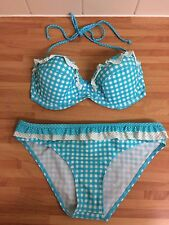 BLUE AND WHITE KELLY BROOK BIKINI TOP SIZE 34C BOTTOMS 10