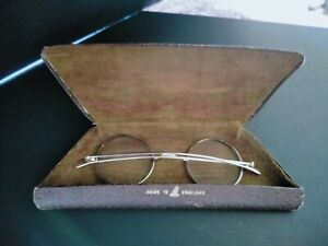 VINTAGE SPECTACLES GLASSES ROUND GOLD COLOURED FRAMED COMPLETE WITH CASE