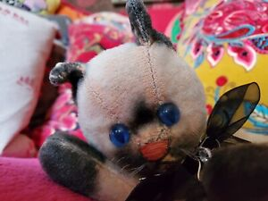 Small Vintage Siamese Cat Made In Japan For Disney