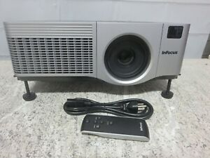 Infocus IN42 3LCD XGA Large Venue Projector w/Power Cord & Remote 1526 Lamp Hrs