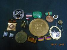 Lot Anstecknadeln, Abzeichen etc. teils Militär etc. KEINE AHNUNG