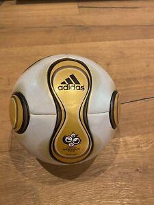 Adidas Original Teamgeist Matchball Gold Berlin Neu Ungespielt