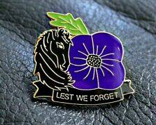 PURPLE POPPY PIN BADGE ANIMALS IN WAR 2020 NEW HORSE REMEMBERING