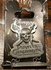 PIN Disneyland Paris DANGLER SABRE / Saber OE