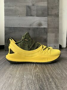 Under Armour Curry 5 Black Yellow PE Basketball Shoes RARE Size 11 Steph Curry