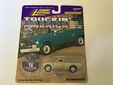 5Johnny Lightning Truckin' America 60's Studebaker Champ #16 Gold