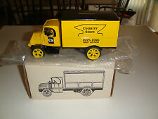 ERTL DIECAST 7564 REIMAN COUNTRY STORE 1926 MACK DELIVERY TRUCK BANK & KEY NIB