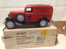 PHILLIPS 66 OLD LOGO - 1932 PANEL DELIVERY BANK ERTL #9728  ONLY 504 MADE  RARE