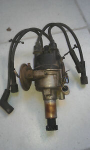 Hitachi Datsun 1200 4-Cylinder Distributor D411-89 with cap and cables