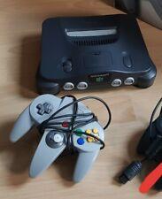 Nintendo 64 Grau Spielekonsole mit einem Controller und Expansion Pak