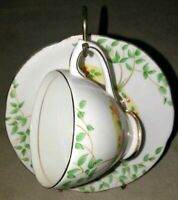 Royal Standard Cup & Saucer Fine Bone China England vintage