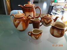 Bunzlau Art-Deco Keramik Kaffeekanne Spritzdekor höhe ca.24 cm und 5Kannen um193