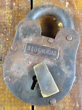 LARGE B & O BALTIMORE AND OHIO RR RAILROAD HEAVY DUTY IRON LOCK PADLOCK