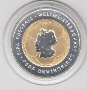 10 €  Goldapplikation - teilvergoldet   Fußball WM 2006  -  2003